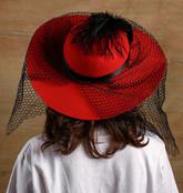 Стиляги - Красная шляпа с вуалью
