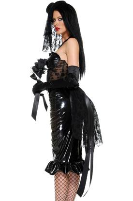 Развратная черная вдова