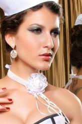 Браслеты и ожерелья - Белый цветок