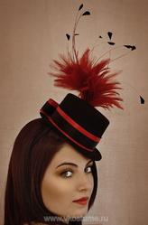 Маленькие шляпки - Шляпка с перьями