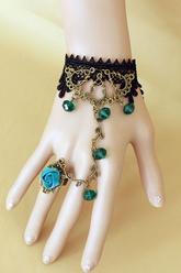 Браслеты и ожерелья - Винтажное украшение на руку
